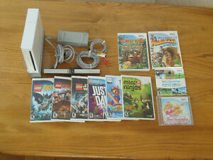 Nintendo Wii Console + Game Bundle