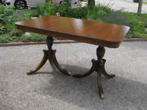 Antique Double Pedestal Duncan Phyfe Table, 6 Chairs