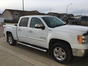 2012 GMC Sierra 1500 SLT Pickup Truck/All Terrain