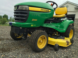 John Deere X320 - Low hours, Snow Blade, Tire Chains, Weights