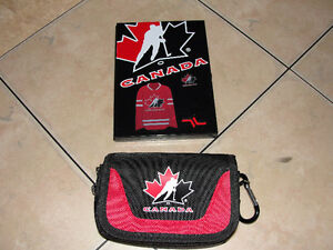 Team Canada Game Holder/ Accessory Pouch