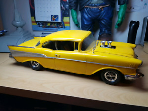 Vintage Monogram 1/12 Scale 57 CHEVY Plastic Model