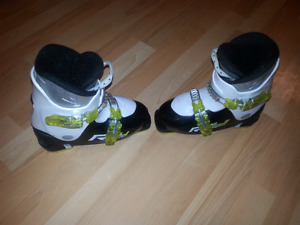 Kids Fischer Ski boots size 251mm or 20