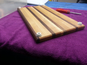 End grain and side grain cutting boards