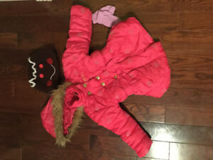 3T Winter Coat & Gingerbread Hat