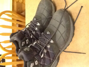 Men's North Face Winter Boots