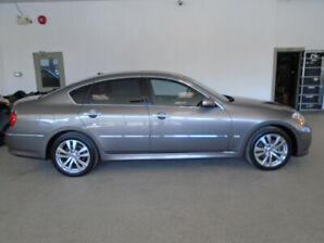 2010 INFINITI M35X! ONLY 104,000KMS! NAVI! MINT! ONLY $14,900!!!