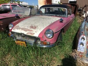 MGB 3- 1960'S B'S FOR $1500 A COMPLETE 69, PARTIAL 65, 67