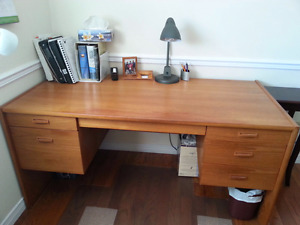Excellent condition solid wood desk