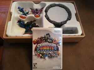~~Skylanders Giants Starter Pack~~