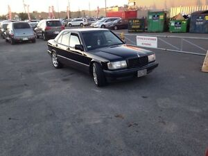 MERCEDES BENZ 190e 2.3 FOR 4500$ NEGO