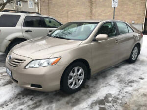 2007 Toyota Camry LE V6 ONLY 115,000 KMS