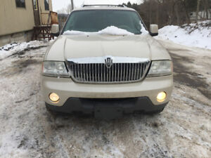 2005 WHITE CLEAN LINCOLN AVIATOR FOR PARTS