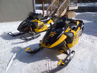 2 x Ski-Doo Renegade MXZ 1000 SDI with Triton Enclosed Trailer
