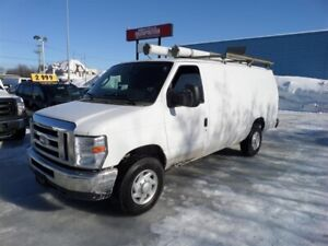Ford Econoline Cargo Van E-350 Super Duty Ext 2012