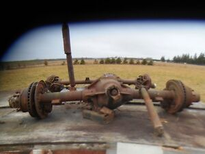 Chev 3500 hd Rear Axle