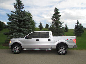 2013 Ford F-150 SuperCrew - Must be seen- Original Owner