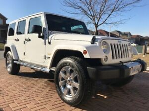 2015 Jeep Wrangler Unlimited Sahara 4 door Auto, Fully loaded