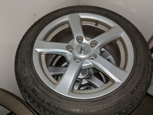 Michelin x-ice Winter tires and rims 205 55  R16