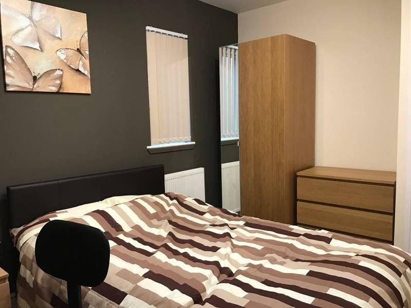 1 Bed room available, BILLS INCLUDED, NEWLY RENOVATED, close to transport, City centre, Fallowfield