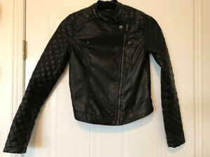 fall will be here before we know it! 2 womens XS jackets for $10