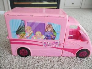 """DELUXE """"BARBIE"""" PONY TALE RV VEHICLE/CAMPER~ROOMS/FURNITURE/DOLL"""
