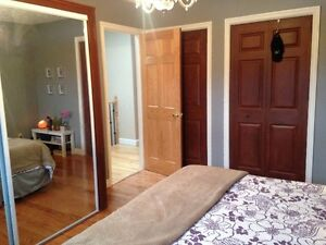Room for rent in a nice quiet house Gardiners and Bath Rd