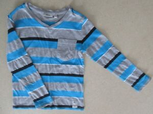 Chandail manches longues MEXX taille 4-6 ans