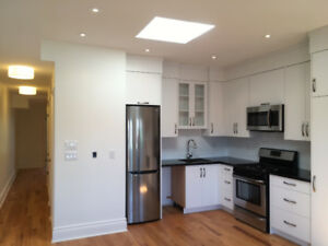 2 Bedroom Apartment for Rent in House Dufferin Bloor Dupont Flat