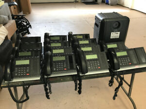 Toshiba Strata Office Phone System CHSUB112A2 With Phones