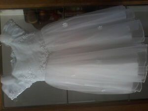 EUC Flower girl dress size 3