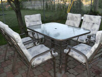 Patio Table and 6 chaires