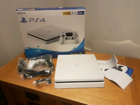 Ps4 500gig Glacier white with one controller. As new.