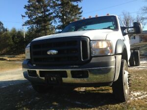 FORD F-550 SUPER DUTY CAB & CHASSIS TURBO DIESEL
