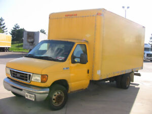 Ford E450, Dock level CUBE TRUCK