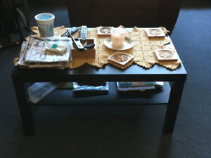 Very nice and excellent condition COFFEE TABLE $40.00