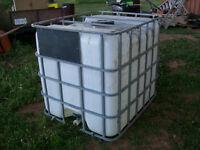 1000L water tank/tote