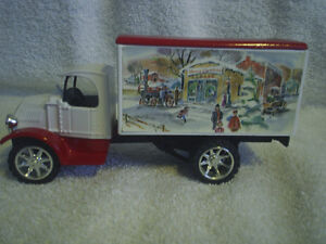 Collectable Antique – 1935 Mack Freight Bulldog Die Cast