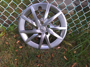 For Sale: 4 Wheel Covers of Toyota Prius 2017