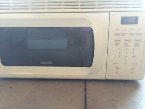 Stove, dishwasher  and Over the Range Microwave