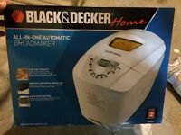 New In Box - 3 lb Bread Maker