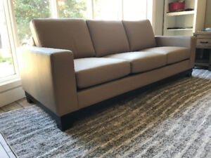 BRAND NEW SOFA AND LOVESEAT 100% LEATHER CANADIAN MADE beige