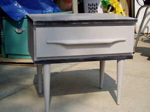 Vintage Shabby Chic One Drawer Night Stand/End Table