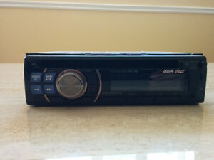 Alpine CDE-100 AM/FM/CD car stereo