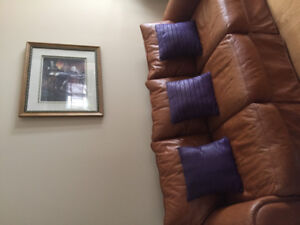 Beautiful Genuine Leather Sofa forsale and more beautiful price