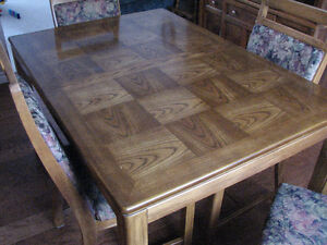 OAK Dining Table set with Hutch and Buffet