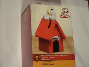 SNOOPY, Salt & Pepper Shakers,  New in Box