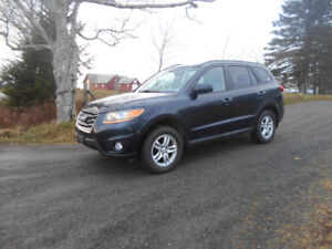 2010 Hyundai Santa Fe AWD **Excellent Condition**