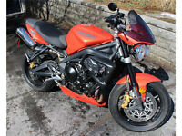 Street Triple R with lots of extras
