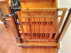 Wooden baby gate for sale.....attachable to stair bannister